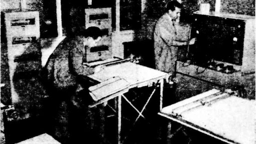Newspaper photograph of the differential analyser at University of Sydney in 1951